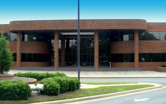 232,000 SF Offices with Warehouse, Austell, GA